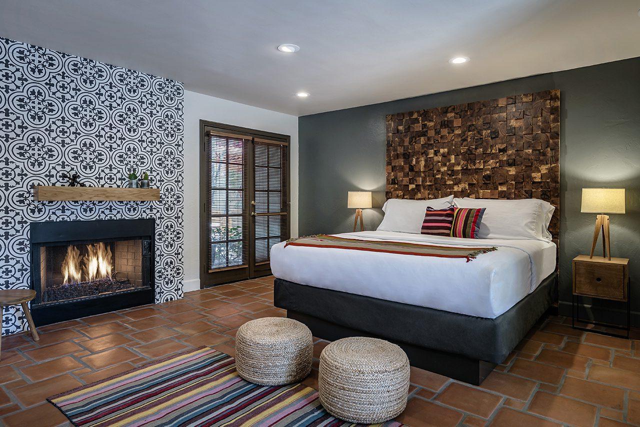 santiago bedroom